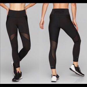 Athleta Black Stealth Mesh 7/8 Tight Leggings L